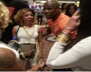 "TI & Floyd Mayweather Jr. Get Into a Physical Altercation Over Tiny  Floyd Allegedly Told TI to ""control his bi**h"""
